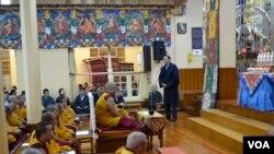 2015年,藏人行政中央为自焚者扎西吉进行祈愿仪式。