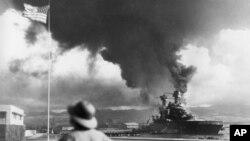 کشتی های آمریکا هدف حمله نیروهای ژاپنی در پرل هاربر - هاوایی - دسامبر ۱۹۴۲