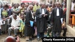 Audience foraine pour l'octroi les actes de naissance aux ex enfants soldats, à Rutshuru, Nord-Kivu, RDC, 6 septembre 2017. (VOA/Charly Kasereka)