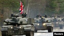 Britaniya Şərqi Avropa ölkələrinin mümkün Rusiya təcavüzündən müdafiəsində aktiv rol oynayır.