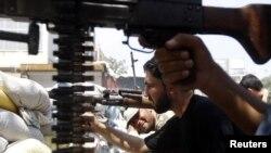 Borci Slobodne sirijske armije u akciji u Alepu