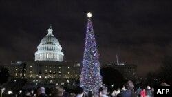 У США хочуть перейменувати ялинку з різдвяної на святкову