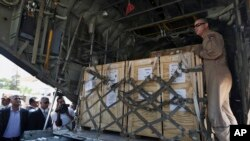 Los nuevos ataques aéreos en Irak buscan apoyar la entrega de ayuda humanitaria a la sitiada ciudad chií de Amerli.