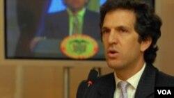 """El canciller colombiano dijo que aún no hay fecha para el """"restablecimiento total"""" de las relaciones diplomáticas."""