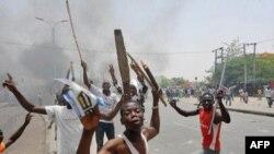 Bạo loạn bùng phát sau cuộc bầu cử ở thành phố Kano, miền bắc Nigeria