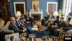 Susret u Beloj kući: Premijer Crne Gore Milo Đukanović i potpredsednik SAD, Džozef Bajden.