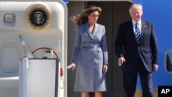 آقای ترامپ و همسرش وارد بلژیک شدند.