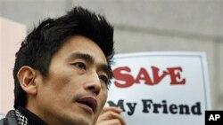 21일 주한중국대사관 앞에서 탈북자 강제북송 반대 시위가 열린 가운데, 북송 반대 연설을 한 한국 배우 차인표.