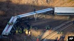 Svi vagoni voza u Njujorku iskočili iz šina u Bronksu. 1. decembar, 2013.