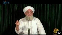 Foto yang diambil dari video yang disediakan oleh SITE Intel Group 11/9/2012, memperlihatkan pimpinan al-Qaida, Ayman al-Zawahiri yang diunggah dalam website salah satu cabang al-Qaida, as-Sahab