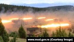 Manovrat e quajtura Bashkëpunimi 2020 ishin demonstrim i një fuqie ushtarake të ripërtëritur të Serbisë