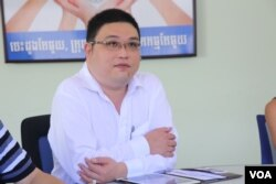FILE: Ken Loo, secretary-general of GMAC (Garment Manufacturers Association in Cambodia) in Phnom Penh, July 28, 2016. (Hean Socheata/VOA Khmer)