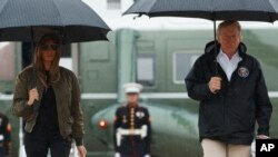 جمهور رئیس ټرمپ او میرمن یې د ټیکساز سیلاب ځپلي ایالت ته تللي.