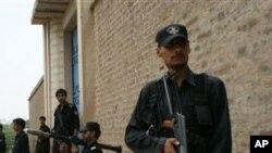 پاکستان: له افغانستان نه رااوښتو جګړه مارانو پر تاڼې برید وکړ