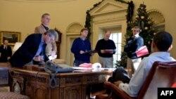 Một năm đàm phán giữa Tổng thống Hoa Kỳ Barack Obama và Tổng thống Nga Dmitry Medvedev dẫn đến việc ký kết hiệp ước tài giảm vũ khí hạt nhân mới
