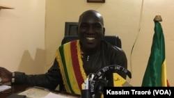 Le maire d'Ouelessebougou, Yaya Samake, au Mali, le 3 décembre 2017. (VOA/Kassim Traoré)