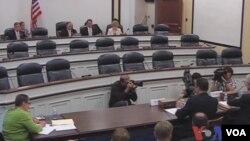美国会就美亚太战略转移举行听证(视频截图)