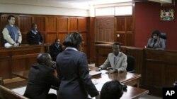 El acusado, identificado como Dwight Sagaray, se declaró inocente ante el tribunal de Kenia.