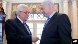 Махмуд Аббас и Биньямин Нетаньяху (архивное фото)