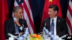 Президент США Барак Обама и председатель КНР Си Цзиньпин (архивное фото)