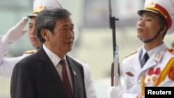 Ông Đinh Thế Huynh, Cựu Ủy viên Thường trực Ban Bí thư.