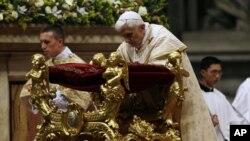 папа римский Бедедикт XVI