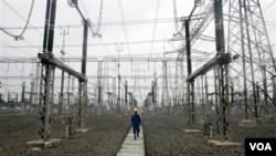 Salah satu pembangunan jaringan listrik yang akan melayani Jakarta dan sekitarnya (foto: dok).