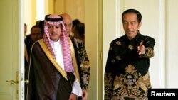Presiden Joko Widodo menyambut Menteri Luar Negeri Arab Saudi Adel bin Ahmed Al-Jubeir di Istana Bogor, Senin, 22 Oktober 2018.