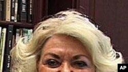 加州教师玛丽·凯瑟琳·斯旺森