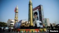غرب می گوید ایران با برنامه موشکی خود به بی ثبات سازی در خاورمیانه کمک می کند.