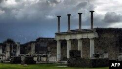 Arkeologët: Kriza ekonomike po rrezikon trashëgiminë kulurore italiane