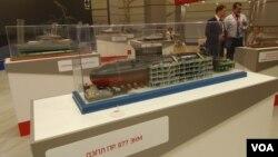 今年6月莫斯科武器展上展出的基洛級潛艇模型。俄羅斯向中國和越南出售了基洛級潛艇。
