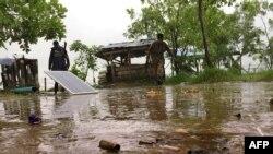 An ninh Miến Điện tuần tra ở Rakhine.