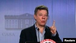 El presidente Juan Manuel Santos puso, desde el principio, un plazo de un año a las conversaciones con la guerrilla. Han pasado siete meses.