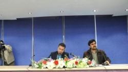 دبیرجشنواره تئاتر فجر نیز آشکارا از گروه مخفی سانسور نمایش ها که فراتر از مدیران جشنواره عمل می کنند، انتقاد کرد.