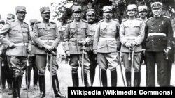 Generali i admirali Kraljevine Jugoslavije, prvi s leva Milan Nedić (Foto: Wikipedia)