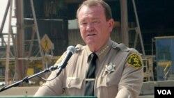 洛杉矶县警长麦克唐奈(美国之音国符拍摄)