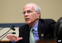 """FILE - Rep. Peter Welch, D-Vt., pictured on Capitol Hill in March 2015, says the malware discovery by a Vermont electric utility further proved that Russian computer hacking has been """"systematic, relentless and predatory."""""""