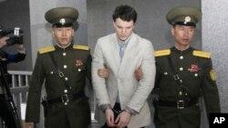 Otto Warmbier, mahasiswa AS saat ditahan di Korea Utara (foto: dok).