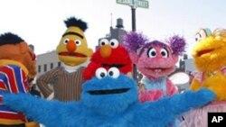 รายการโทรทัศน์ Sesame Street ไปช่วยปลูกฝังค่านิยมให้เด็กในปากีสถาน