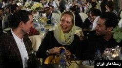 یاسین رامین(سمت چپ) در کنار مهناز افشار محمدرضا گلزار