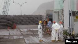 Nhà máy điện hạt nhân bị hư hại trong vì thiên tai sóng thần năm 2011 Fukushima Daiichi, trong quận Fukushima, Nhật Bản