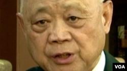 北京电影学院黄式宪教授(美国之音国符拍摄)
