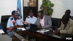 Angola Malanje cordenador da sub comissão para o desarmamento subcomissario Pedro Quiambi