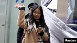 VOA连线(文灏): 中国女权案件开庭 外界反响热烈
