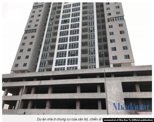 Toà nhà chung cư cho nhân viên báo Công An Nhân Dân trong tình trạng dở dang, tháng 4/2018