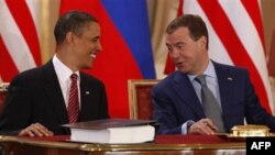 Барак Обама і Дмитро Медведєв