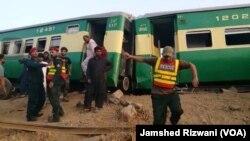 صادق آباد ٹرین حادثے کے بعد امدادی سرگرمیاں جاری ہیں۔