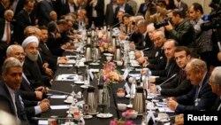 دیدار هیات ایران با تاجران و سیاستمداران فرانسوی