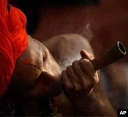 میلہ چراغاں: ملنگوں کا سب سے بڑا اجتماع